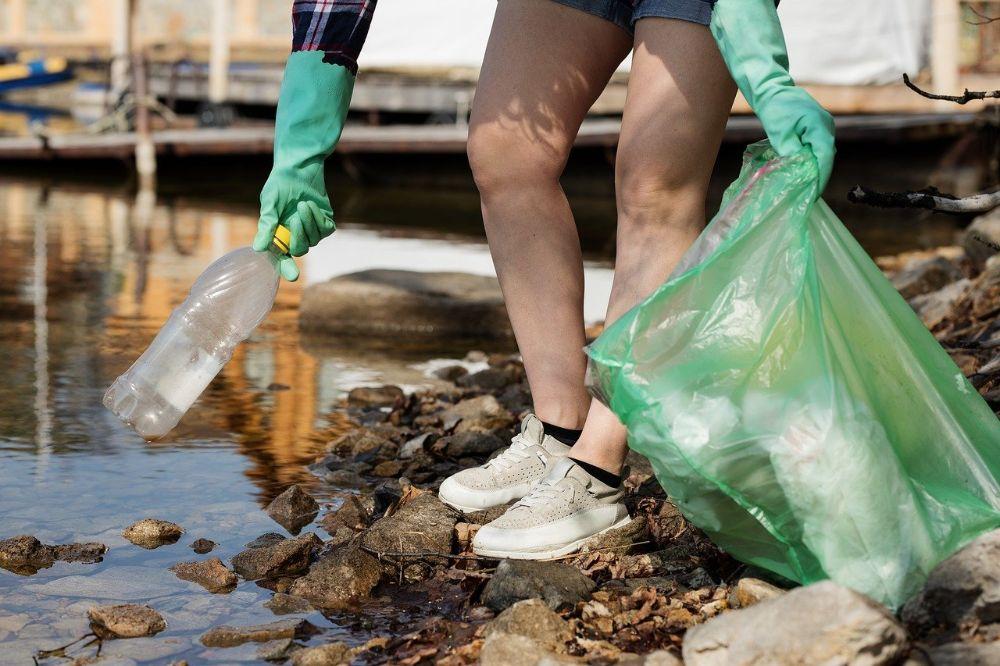 Plastic, het sluipend gevaar voor ons milieu